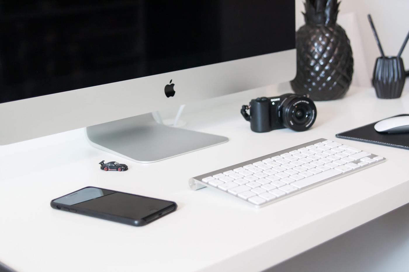 Homeoffice Schreibtisch