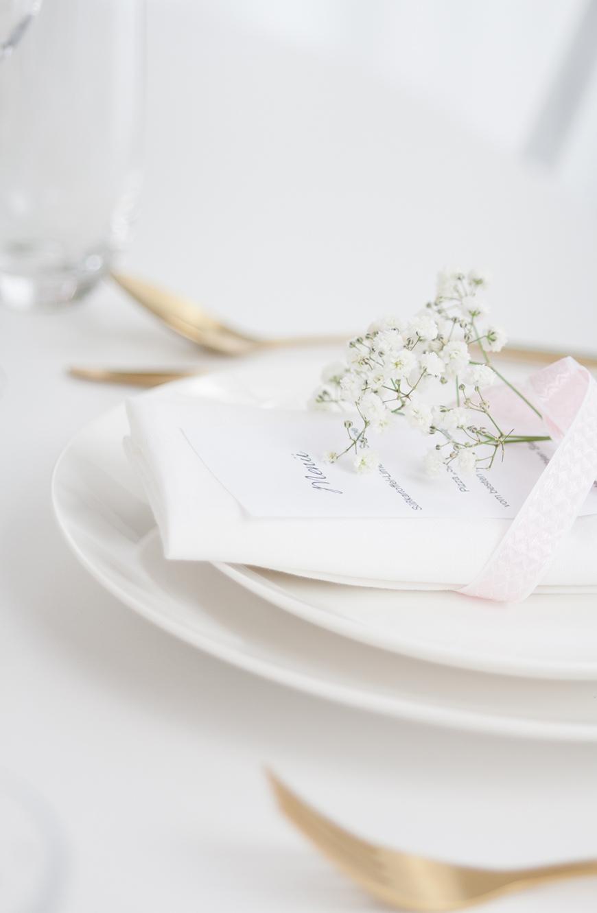 Valentinstag Tisch decken Inspiration
