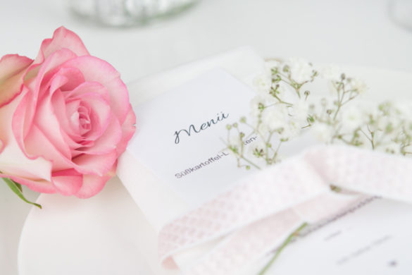 Valentinstag Tischdekoration Menükarte