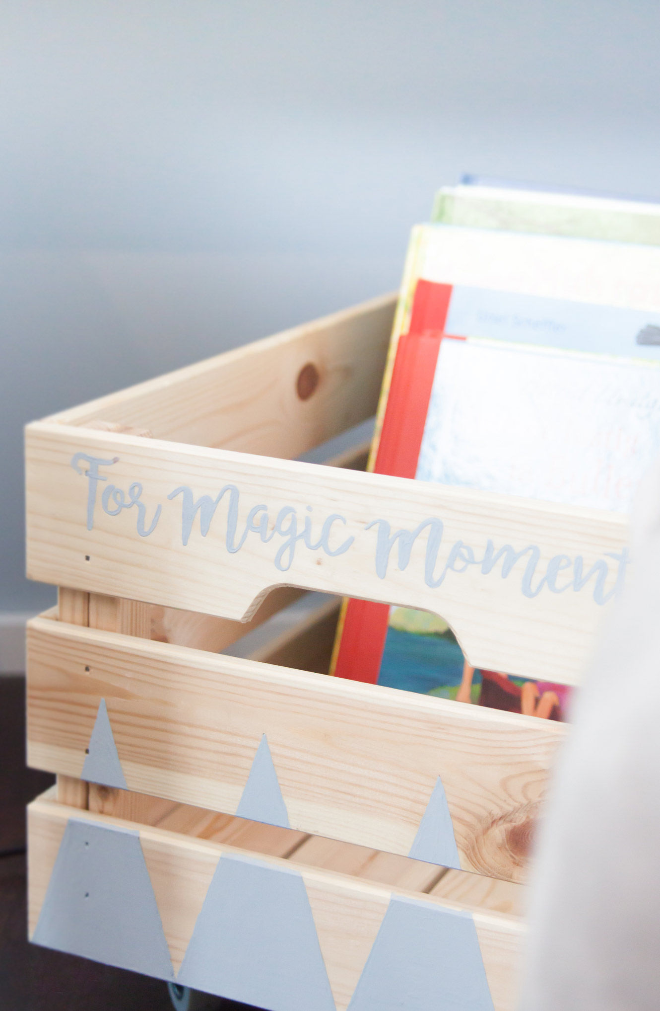 Kinderzimmer DIY Bücherkiste