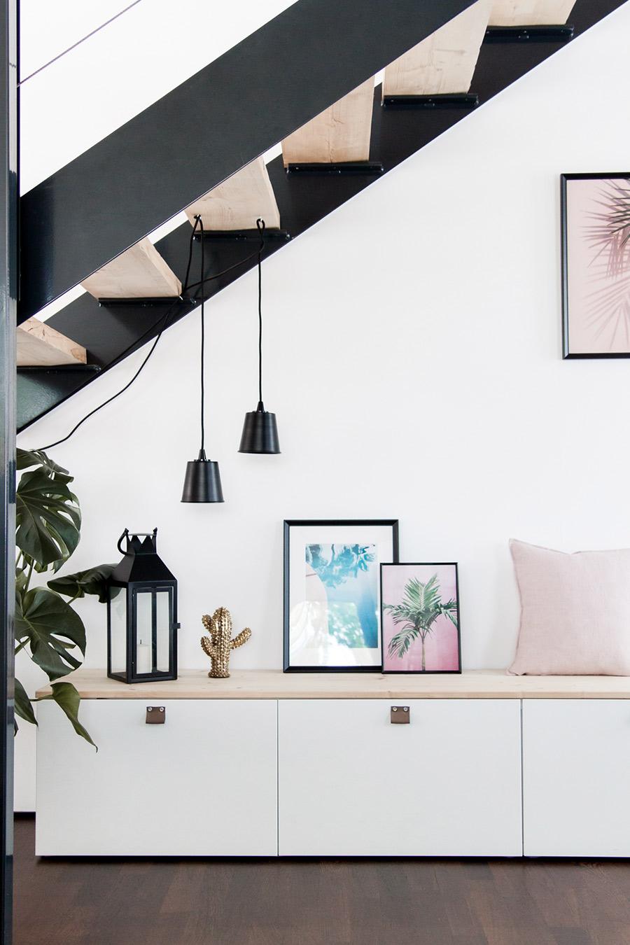 Sitzbank Ikea Besta DIY unter der Treppe