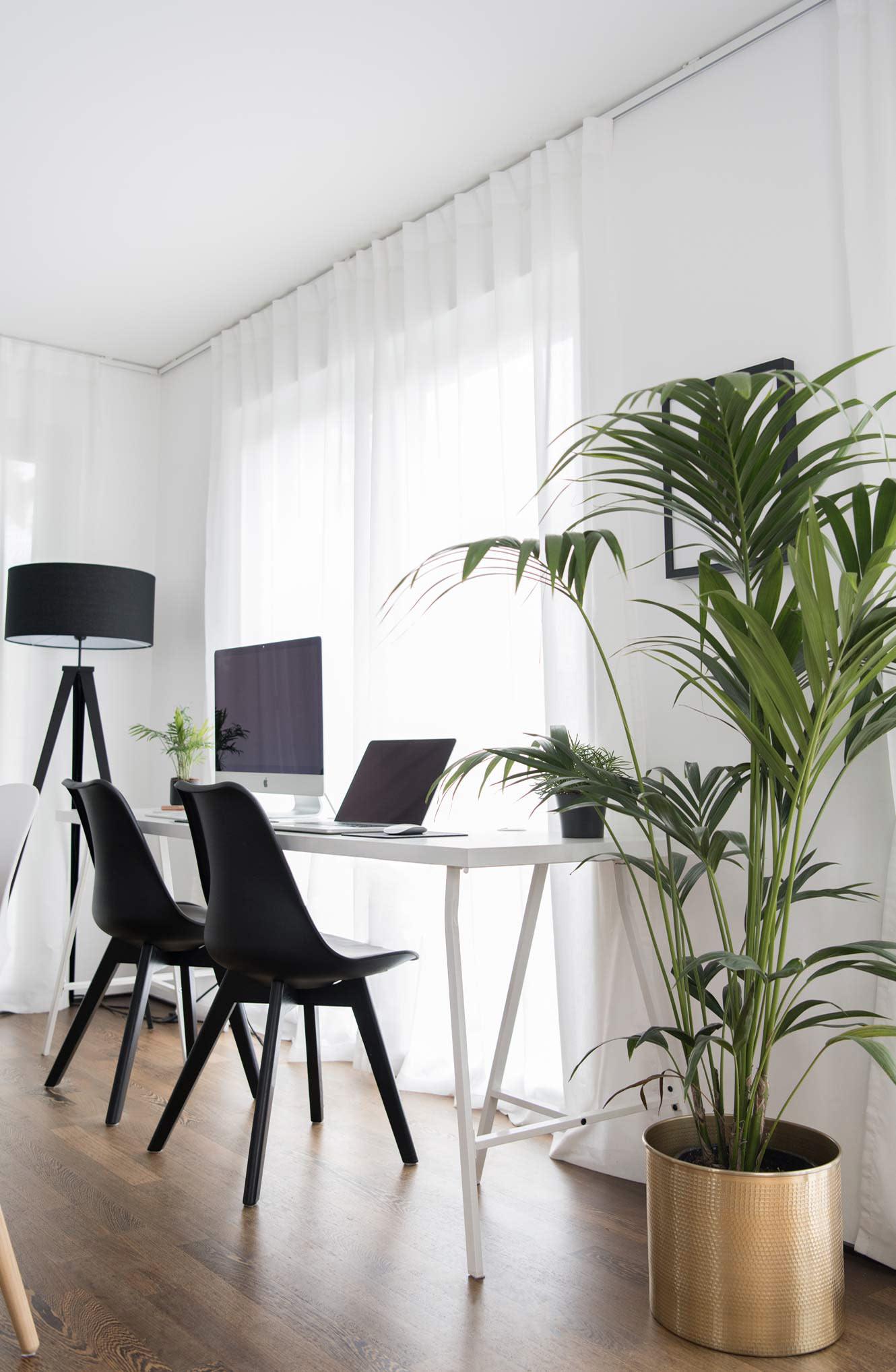 Home Office Wohnzimmer