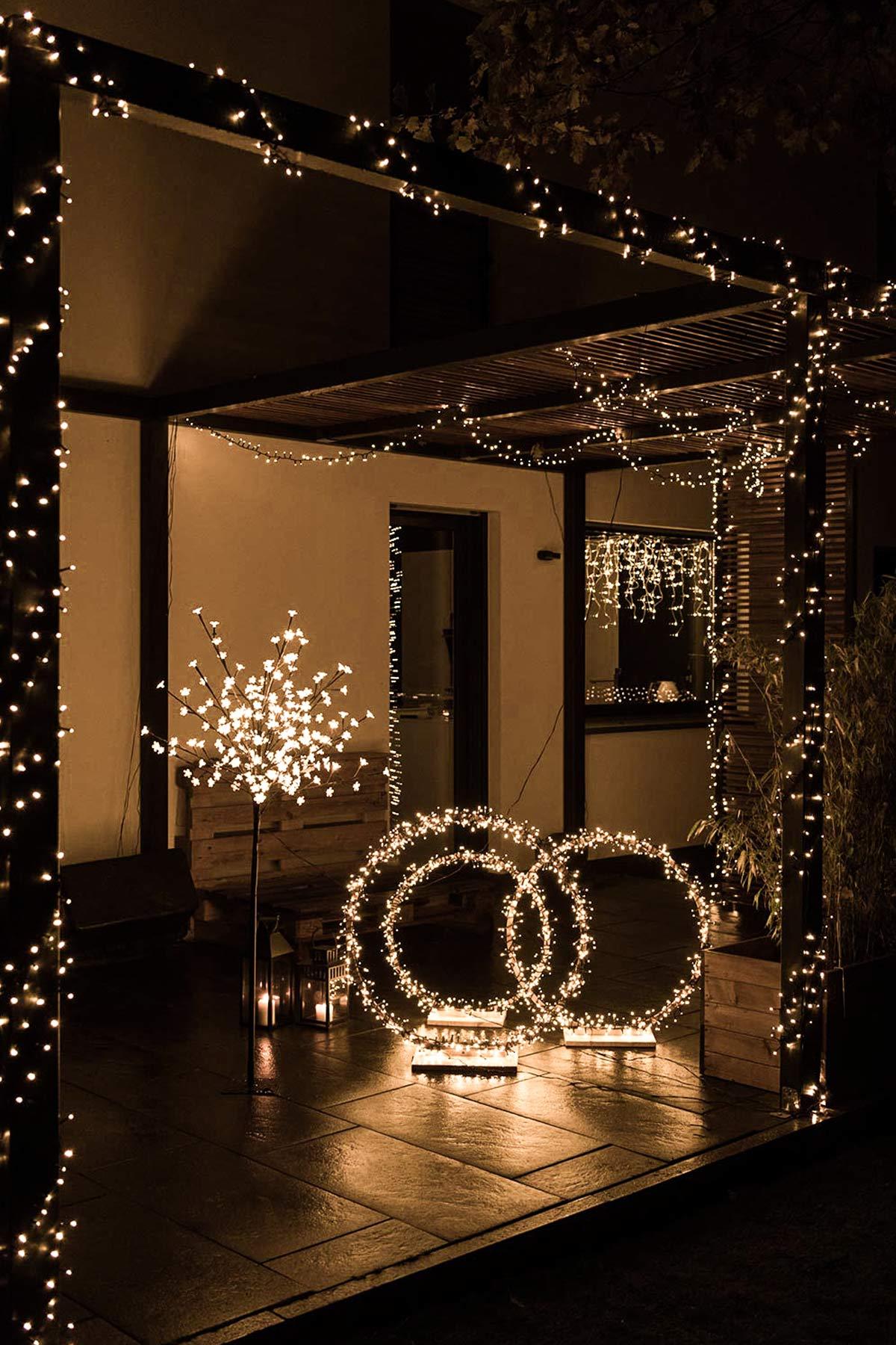 Terrasse weihnachtlich dekorieren