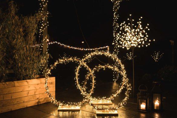 Terrasse weihnachtlich beleuchten
